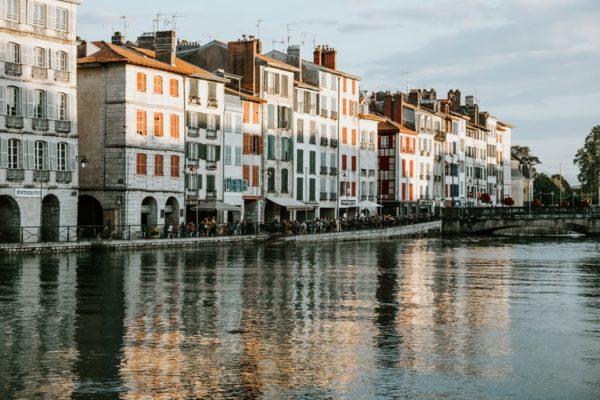 5 raisons d'aller au Pays basque en hors saison Gorille Cycles