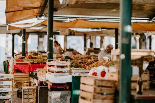 Les meilleurs marchés basques où trouver des produits régionaux Gorille Cycles