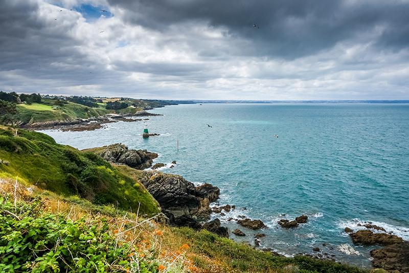Spots surf en Bretagne : les plages Gorille Cycles